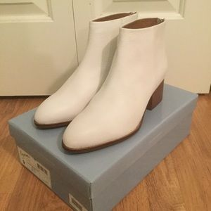 Seychelles 'Floodplain' white leather ankle boots